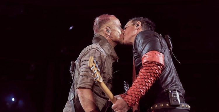 Rammstein Kiss On stage